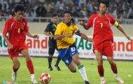 Ronaldinho và Pato phối hợp ghi bàn vào lưới ĐT Việt Nam
