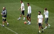 """Chuyện Real Madrid: Benitez gần đúc xong """"khiên thép"""""""