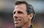 Huyền thoại của Chelsea dụ Balotelli và Cassano sang Qatar thi đấu