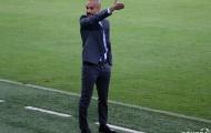 """Thầy trò Guardiola tiếc cay đắng vì """"thánh"""" Bendtner"""