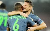 Insigne đang được 'nuôi dưỡng' để trở thành Totti của Napoli