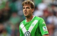 """Lord Bendtner hai lần """"vờn"""" thủ môn đối phương"""