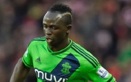 """Southampton giữ chân """"máy chạy"""" người Senegal"""