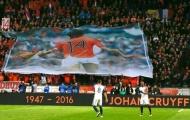 Khoảnh khắc tri ân nghẹn ngào dành cho huyền thoại Johan Cruyff