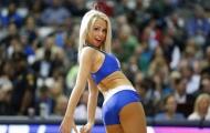 Ba vòng đầy khiêu khích của chân dài đội Dallas Mavericks