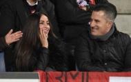 """Ngắm cô vợ xinh như mộng của """"bom tấn"""" Arsenal"""