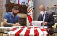 CHÍNH THỨC! Được Arsenal liên hệ, 'đá tảng' chốt xong tương lai
