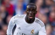 Real Madrid mất trụ cột trước đại chiến Chelsea