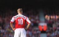 Những số 10 nổi tiếng của Arsenal: Bergkamp và kẻ phản bội ở M.U