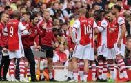 Arsenal giải phóng 3 cầu thủ, giảm gánh nặng lương