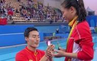 VĐV được bạn trai cầu hôn ngay sau khi nhận huy chương