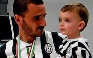 Tin buồn cho Premier League, con của Bonucci phải mổ