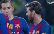 Khoảnh khắc đáng yêu của cậu bé Afghanistan và Messi