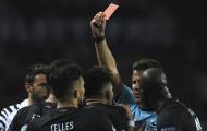 Chùm ảnh: Alex Telles nhận thẻ đỏ, Porto ôm hận trước Juventus