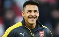Fan Arsenal phát điên khi Sanchez cười lớn dù đội nhà thảm bại