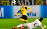 Rực sáng trước Benfica, sao trẻ Dortmund đi vào lịch sử