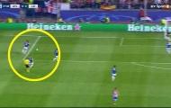 'Trọng tài sai lầm, cầu thủ Leicester khờ dại'