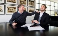 Nuri Sahin cười hết ga ký hợp đồng mới cùng Dortmund