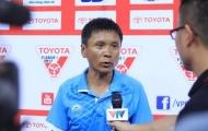HLV Võ Đình Tân nói gì về trọng tài sau chiếc thẻ đỏ của Chaher?