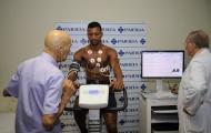 Lazio chăm sóc 'tận răng' 3 bản hợp đồng mới