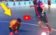 Ronaldinho, Falcao, Ricardinho trổ tuyệt kĩ ở môn Futsal