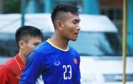 Thủ môn đội tuyển U19 Việt Nam ngán mặt sân cỏ nhân tạo