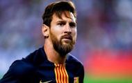 Chơi khăm Messi, fan nữ nhận trái đắng