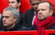 Man Utd bết bát, Ed Woodward vẫn 'nể mặt' Mourinho vì chuyện này