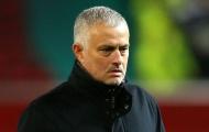 Lộ điều khoản bí mật khiến BLĐ M.U chưa thể sa thải Mourinho