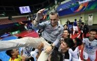 HLV tuyển futsal Việt Nam lọt top 10 nhà cầm quân xuất sắc thế giới