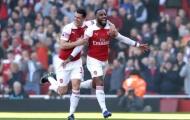 Man Utd đụng thứ dữ, Arsenal nhẹ nhàng chen chân vào top 4