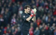 Không phục Liverpool, Casillas có hành động 'thâm thúy' sau trận