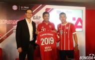 Huyền thoại Bayern đọ dáng cùng tiền đạo Anh Đức