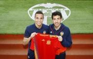 Còn 'cay' sau trận chung kết, Barca đòi cuỗm luôn bộ đôi của Valencia