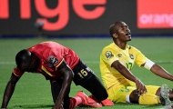 Đối thủ nặng kí của Salah thoát thua sau pha bỏ lỡ của năm
