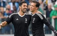 Thủ môn Juventus phát biểu sốc về Buffon và Alisson Becker