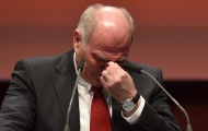 Thấy gì từ việc chủ tịch Hoeness chia tay Bayern?