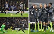 Jamie Vardy ghi bàn ầm ầm, Leicester City thăng hoa không thể cản