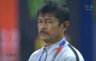 Tuyên bố hạ Việt Nam, HLV U22 Indonesia giờ 'chết lặng' ngay trên sân