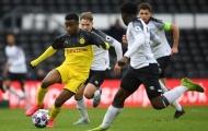 HLV trưởng xác nhận, Dortmund sắp trình làng 'thần đồng 15 tuổi' từng gây sốc thế giới
