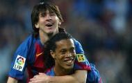 Không có chuyện Messi ra tay cứu giúp Ronaldinho