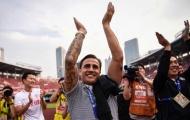 Cựu vô địch thế giới khiến nước Ý xúc động với nghĩa cử đẩy lùi COVID-19