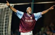 Cựu tiền đạo Aston Villa: 'Rooney nói tôi là trung vệ số 1'