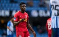 Được Tottenham săn đón, 'Essien mới' chỉ muốn đến Barcelona