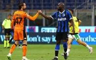 'Tội đồ' Ashley Young khiến Inter Milan mất điểm trong trận cầu 6 bàn thắng