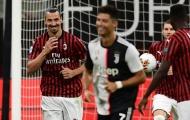 Trêu chọc Ibrahimovic trên chấm phạt đền, Ronaldo nhận cái kết đắng
