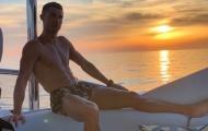 Mùa hè đến, Ronaldo, Ibrahimovic và dàn sao Serie A rủ nhau đi biển