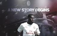 """Với 1 hành động, """"hàng hớ"""" của Chelsea khiến NHM Milan phát cuồng"""