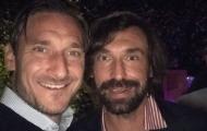 Chân ướt chân ráo vào nghề, Pirlo nhận được lời chúc giá trị từ Totti