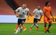 Van Dijk bất lực, Hà Lan phơi áo trước Ý ngay trên sân nhà